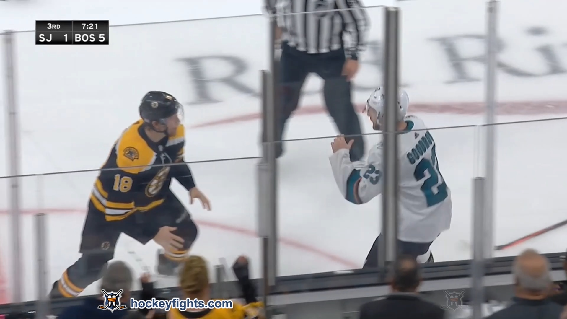 Brett Ritchie vs. Barclay Goodrow