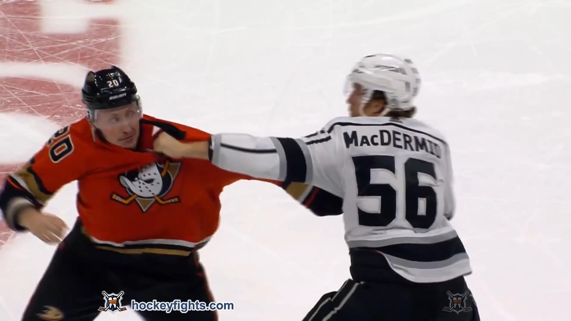 Nicolas Deslauriers vs. Kurtis MacDermid