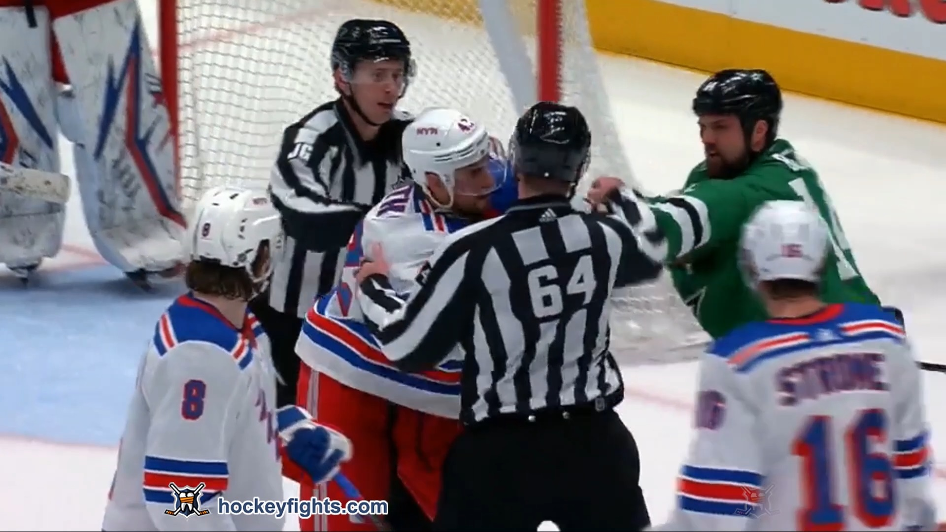 Jamie Benn vs. Brendan Smith